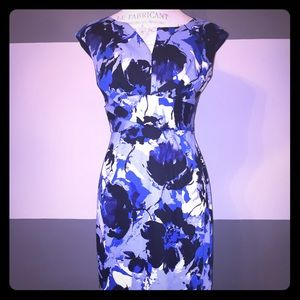 NWOT Donna Ricco Blue Floral V Neck Sheath Dress